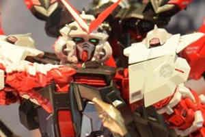MB高達SEED紅色迷茫高達 改 強化形態ver.原型展示!