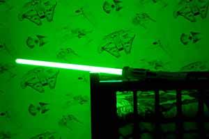 200美元一把!迪士尼乐园提供星球大战光剑定制服务