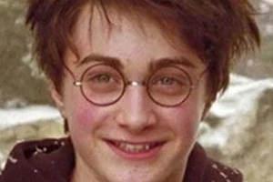 """""""哈利波特""""自爆曾因长时间没刮胡子被路人当成乞丐"""