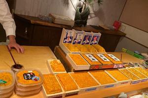 王思聪近况如何?开心游日本 吃饭整桌摆满海胆
