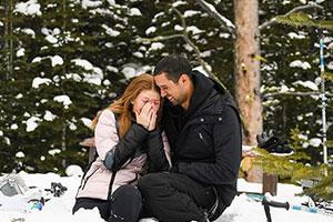 比爾蓋茨大女兒宣布訂婚 男友浪漫雪地求婚鉆戒晃眼