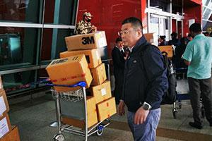 《我不是药神》原型陆勇支援抗疫 赴印度买回医疗物资