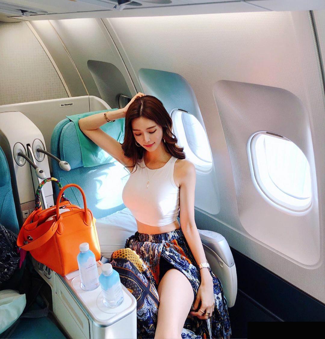 浑圆天成的亚洲女孩超耐看!manyo_yoojin美图集!