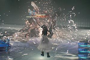 《最终幻想7:重制版》实机演示 蒂法视角大战BOSS!