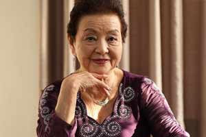 """世界最高龄现役成人女优!81岁下海享受""""第三人生"""""""