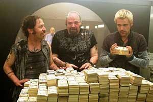 一半都是真实事件改编!十大惊心动魄的银行抢劫电影