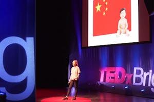 16岁英国少女深谙财富密码 一招让她在中国狂揽500万