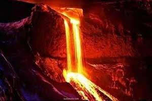 马荣火山的岩浆仿佛血色瀑布!30张神奇自然景观照片