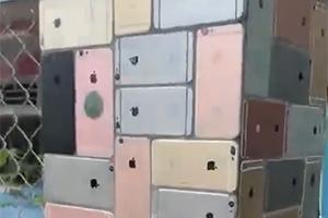 这面墙看得肾疼 国外网友用2000部iPhone砌墙!
