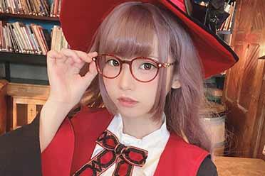 清纯少女怒怼网友!Enako《租借女友》COS美照赏!