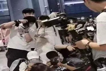 前两天的上海漫展发生的JK事件 到底是谁的问题