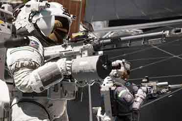人类科技的终极向往:硬核FPS《边境》的太空战场即将开启