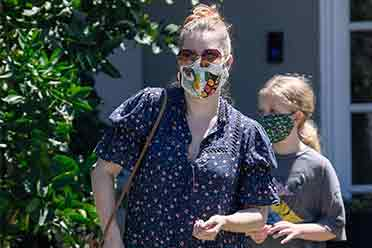 """好莱坞女星艾米·亚当斯近照 越来越""""贾玲""""了"""