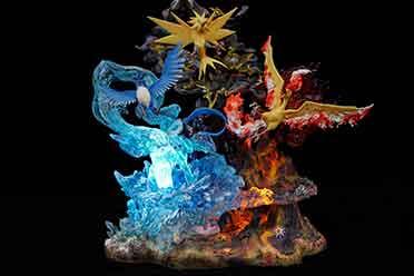 《精灵宝可梦》三圣鸟雕像展示 售价3380元限量100体