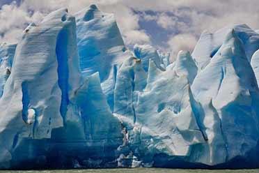 智利灰冰川宛如《权游》场景!17张神奇的大自然照片