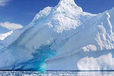 """""""末日冰川""""惊现巨高空洞:坍塌海平面将上升65厘米"""
