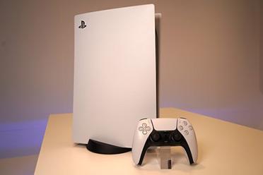 日媒曝光PS5主机及手柄实机上手图片:更多性能优化!