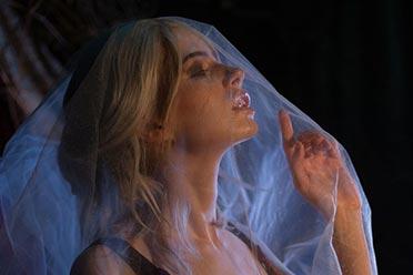 俄妹Volkova二创《巫师3》希里:薄纱下的极致美体!