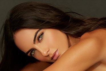 超性感美女球迷!哥伦比亚绝色模特Daniela botero