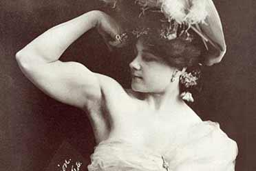 1897年美国首位健美少女清纯可人!珍贵的历史照片