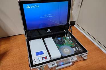 日本技术宅个人改造便携PS4 主机和显示器塞进手提箱