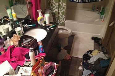 谁说女生房间就一定整洁!国外网友晒室友的奇葩习惯