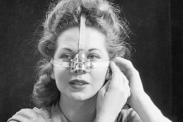 1930年女性鼻子整容装置宛如酷刑!历史上的奇葩物品