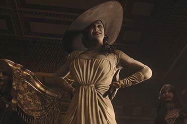 《生化8》夫人动捕女演员cos本尊:手拿烟枪,优雅从容