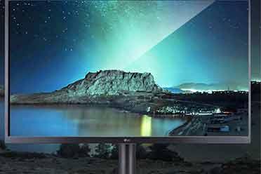LG上架31.5英寸4K OLED显示器:超10亿色 售价3.5万