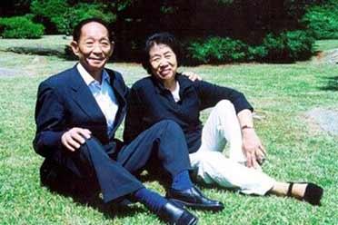 袁隆平最后一次看杂交稻!与邓则跨越半个世纪的爱情