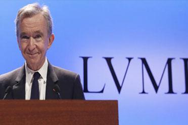 亚马逊贝索斯身价下滑18亿:LV老板新晋为全球首富!