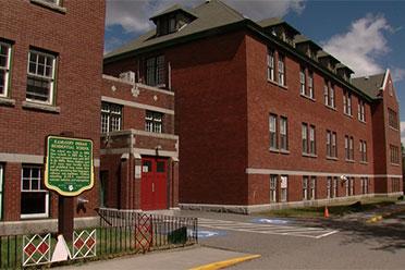 加拿大一学校旧址现215具儿童遗骸!最小的才3岁