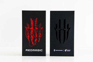 性能狂魔,西装加身 腾讯红魔游戏手机6R开箱评测