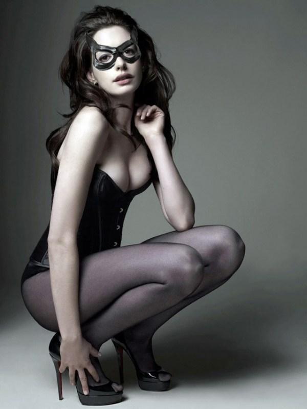 黑寡妇、猫女!好莱坞最受欢迎十大性感女性超级英雄