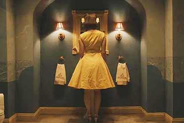 少女走进古老停尸房!10部值得一看的2020年新电影