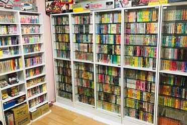日本玩家耗费10年集齐所有小霸王FC卡带!花费17.6万元