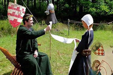 这是您的花呗账单!外国网友模仿中世纪魔性插画