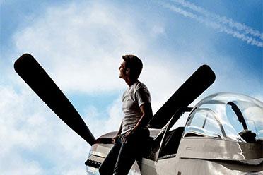 《壮志凌云2》日本11月上映 海报公开!与北美同步