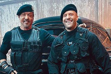 史泰龙 斯坦森片场合影!《敢死队4》已经正式开拍