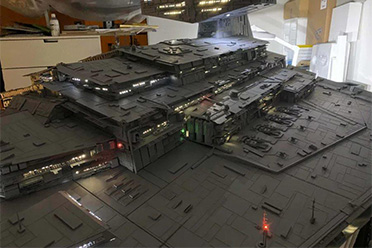 3米长歼星舰!大神3000小时还原《星球大战》超级武器