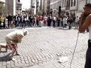 街拍街头口技达人遇上飙舞老奶奶