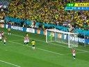 【巴西VS克罗地亚】奥斯卡大力射门 门将神勇化解