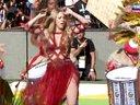 狼姐Shakira激情表演热单La La La!