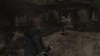 【游侠网】国外玩家玩《生化危机4》用房门杀死敌人