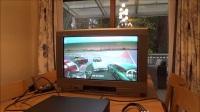 【游侠网】在老式彩电上玩Xbox One X游戏